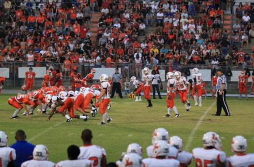 Leesburg Yellow Jackets vs. Mount Dora Hurricanes, Football Archives
